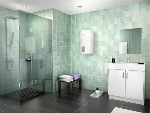 Бойлер Ariston LYDOS R 80 V в интерьере ванной комнаты