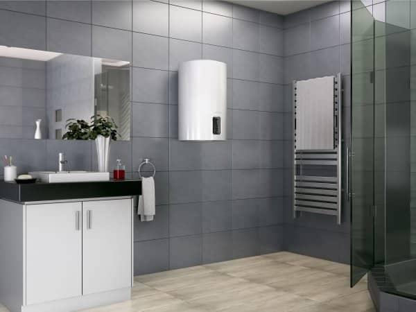 Водонагреватель Ariston LYDOS Eco 80 V в интерьере ванной комнаты