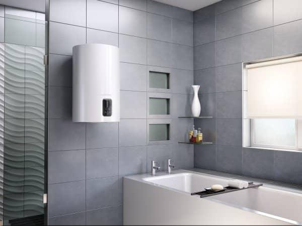 Бойлер Ariston LYDOS Eco 80 V в интерьере ванной комнаты